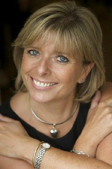 Philip Calvert Social Media Keynote Speaker interviews Penny Power OBE