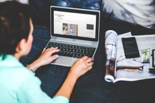 hands-woman-laptop-working-500x333