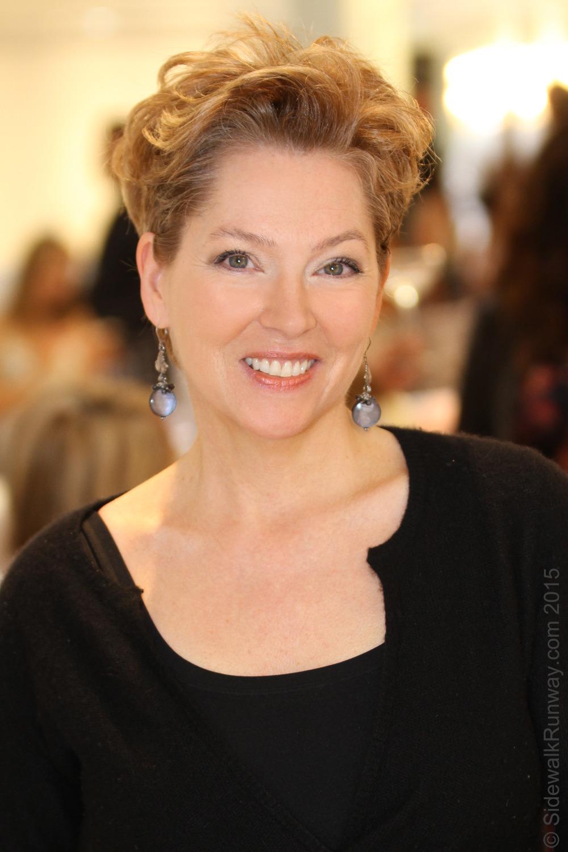 Kim Sarasin, The Queen of Hearts