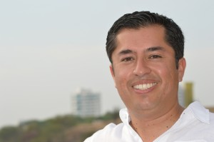 Javier Hernández Invierta Para Ganar