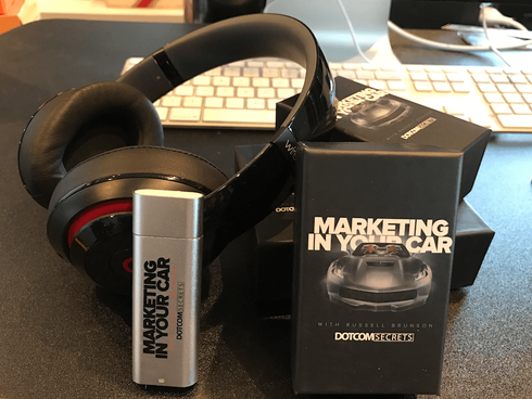 Get The First 257 Episodes Of Marketing In Your Car For FREE On This Pre-Loaded MP3 Player...